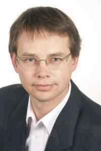 Dr. Nicolas Neuß